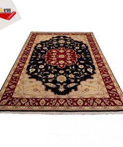 فرش دستباف ایرانی چهار و نیم متری تبریز